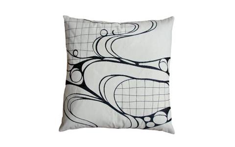 Koko: Eclipse 18 x 18 pillow
