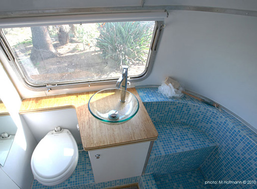HofArc Airstream Renovation bathroom