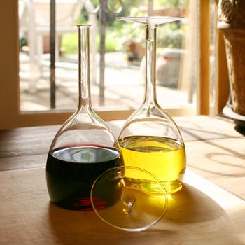 Ming Oil & Vinegar Set