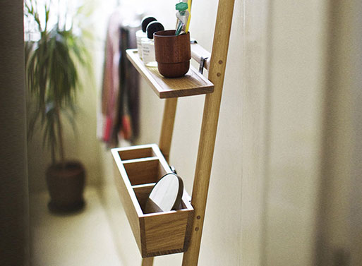Tilt Oak Ladder situ