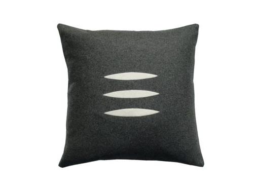 Designer's Eye : Trio Pillow