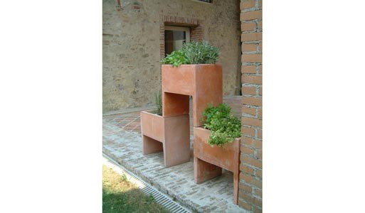 tuttisuperterra planter by marco ferreri