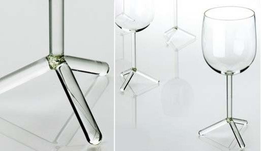 Louise Tripod Wine Glass by Marten Baptist