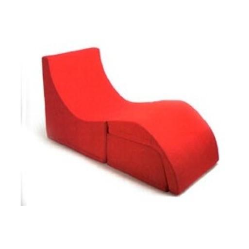 Q chaise