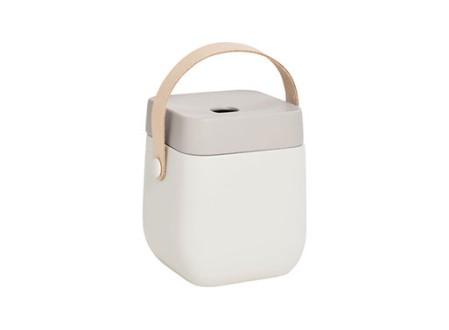 Hako Portable Bath Tissue Holder