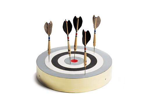 Monochrome Belgian Dart Set
