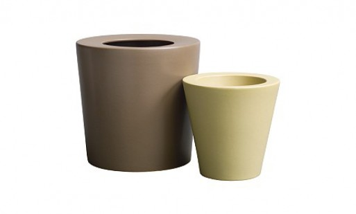 Planters (earthenware)