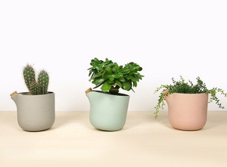 The Natural Balance, Self-Watering Flowerpot