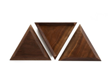 Tomnuk Walnut Trivet Tray Set