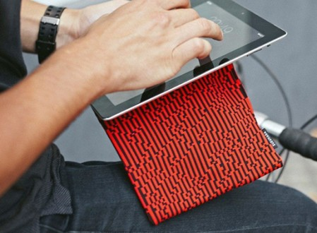 Zuzunaga Roots Laptop and Tablet Case