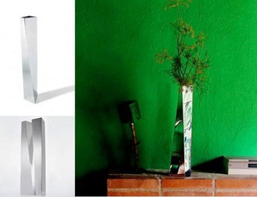 Zaha Hadid Crevasse Vase ZH01