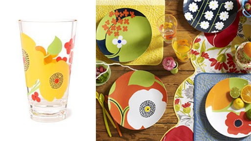 Late-For-Dinner Plates & Floral Tumbler