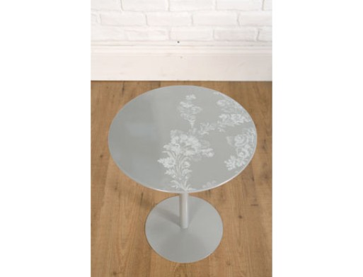 Faded Bouquet Printed Table