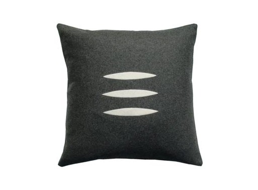 Designer's Eye : Trio Pillow