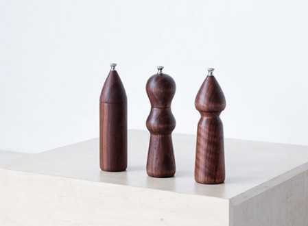De JONG & Co. Walnut Salt and Pepper Mills