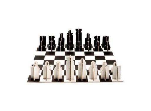 Cardboard Chess by Londji