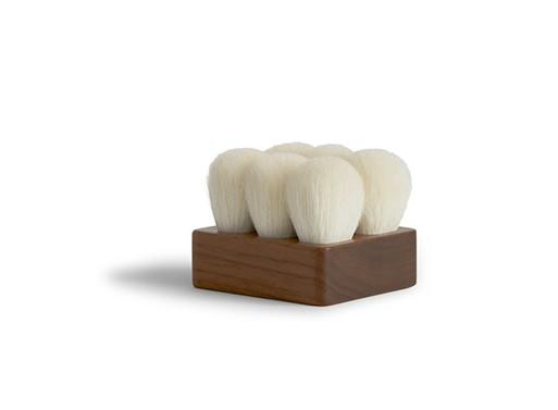Suvé Bath Brushes
