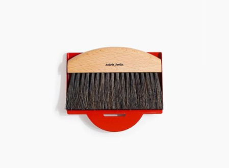 Andreé Jardin Mini Brush and Dustpan Set
