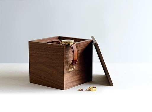 Walnut Jewelry Box plus $100 GC to KM